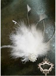 Украса за коса с пера и кристали в бяло White Bride Feathers
